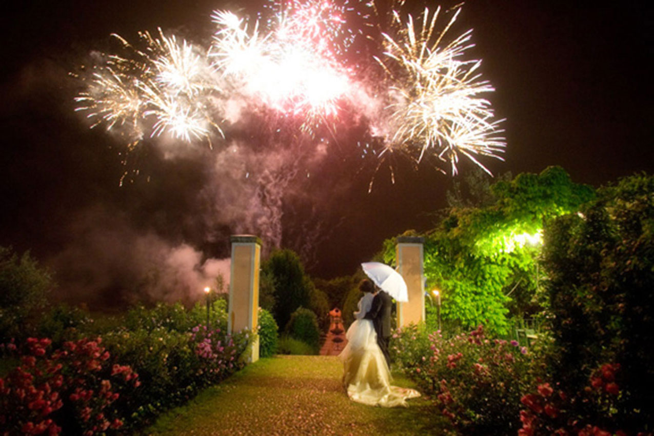 картинка свадебного фейерверка